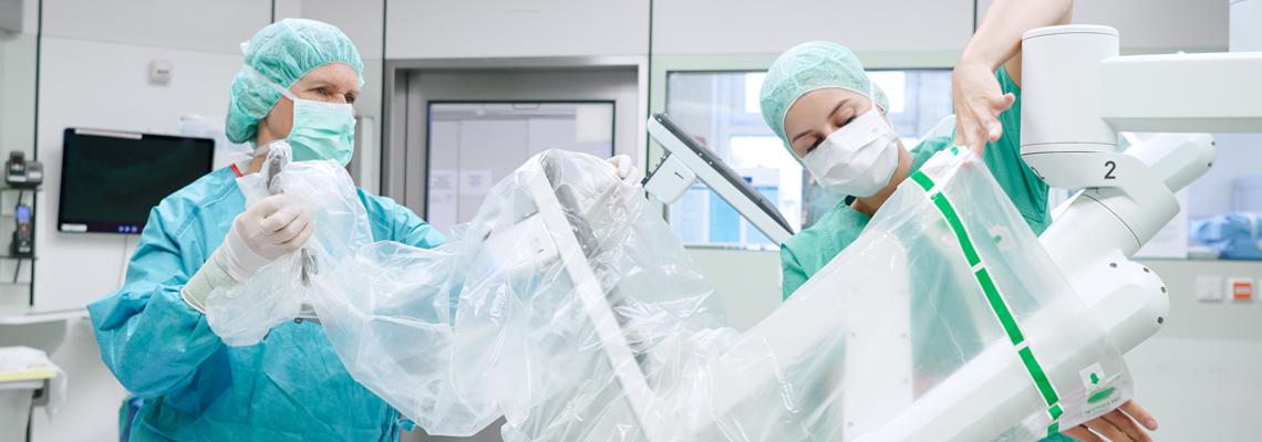 Arbeiten im Zentral-OP der Uniklinik Köln